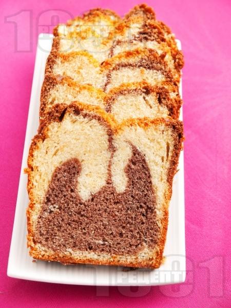 Лесен пухкав кекс с какао - снимка на рецептата